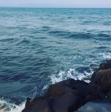 Pantai Palu Kuning