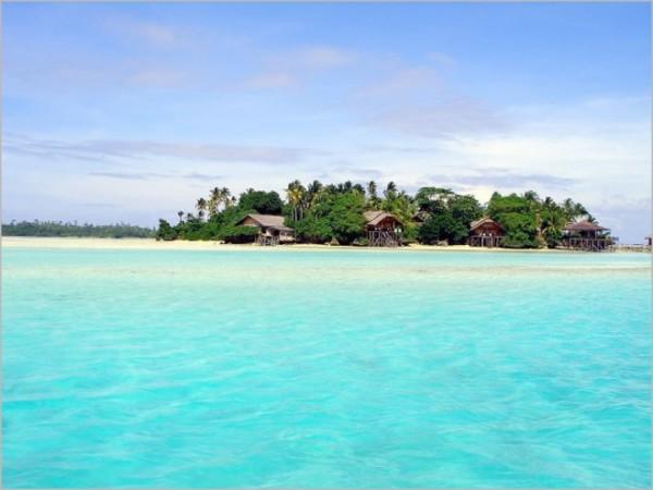Wisata Pantai pulau tabuhan Banyuwangi
