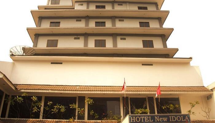 Alamat Hotel New Idola Jakarta Jalan Pramuka Raya Nomor 26 Jumlah Kamar 75 Telepon 021 8503232 858 0224 Fasilitas Wifi GratisRestauran