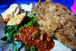 Tempat Wisata Kuliner di Banyuwangi - sego tempong mbak nah