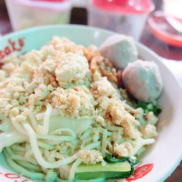 Warung Mie Ayam Ahem Banyuwangi