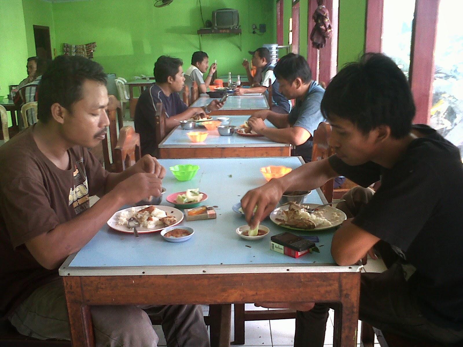 Wisata Kuliner Lodeh Koro Pedas