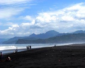 Pantai Bambang lumajang