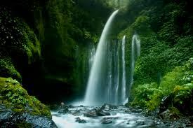 Tempat Wisata Alam AirTerjun Sandang Gile Lombok Utara