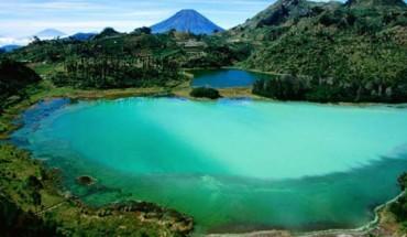 5 Tempat Wisata Di Dieng - telaga warna