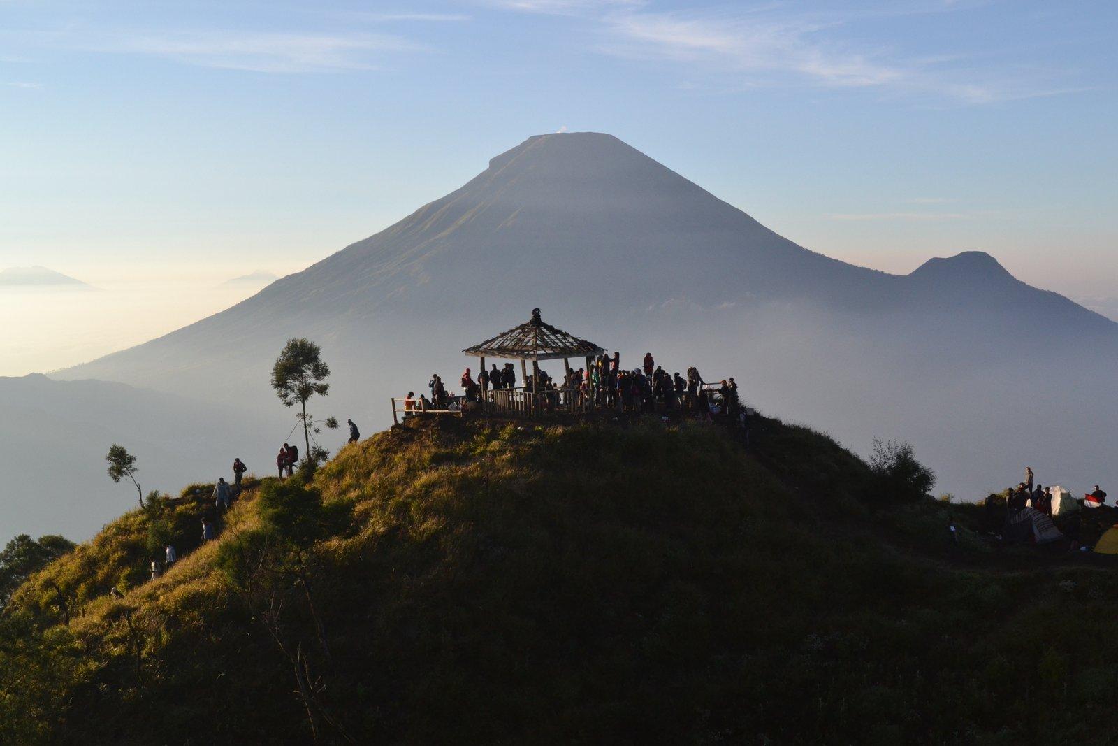 5 Tempat Wisata Di Dieng Yang Indah Dan Mempesona