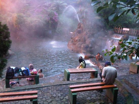 Taman Wisata Air Panas Ciater