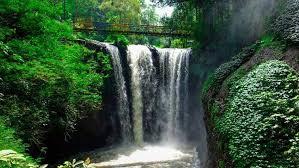 Tempat wisata Air Terjun Maribaya Lembang Bandung
