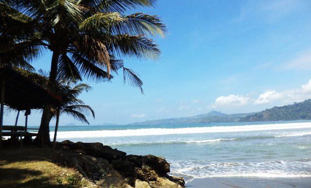 Pantai Sidem Tulungagung