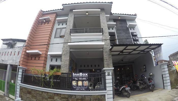InnBox Capsule Hotel Jember