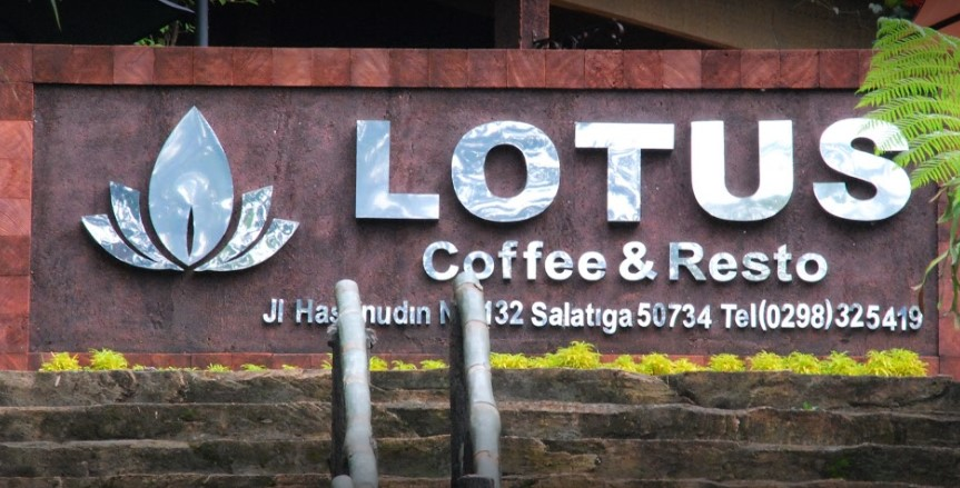 Lotus Coffee & Resto