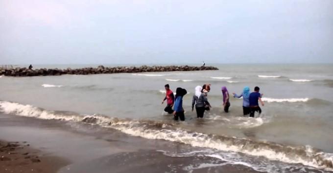 Pantai Glayem Indramayu