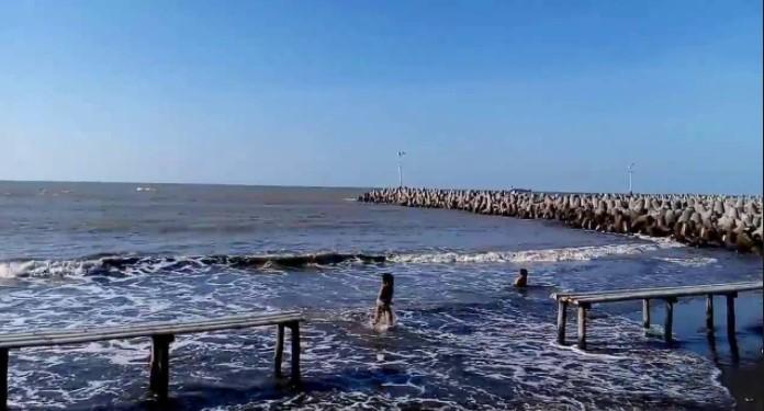 Pantai Limbangan Indramayu