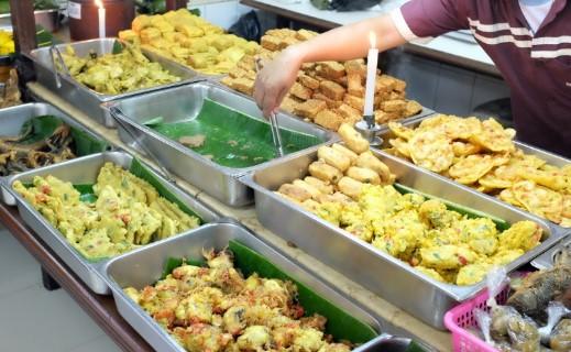Rumah makan asli laksana - Tempat Makan Keluarga di Bandung