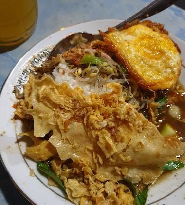 Nasi Pecel Rawon Pucang Moroseneng