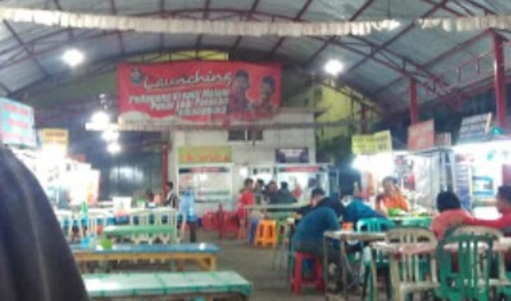 Kuliner malam Pasar Legi Parakan