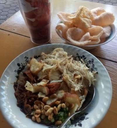 Bubur Ayam Elizabeth Surabaya